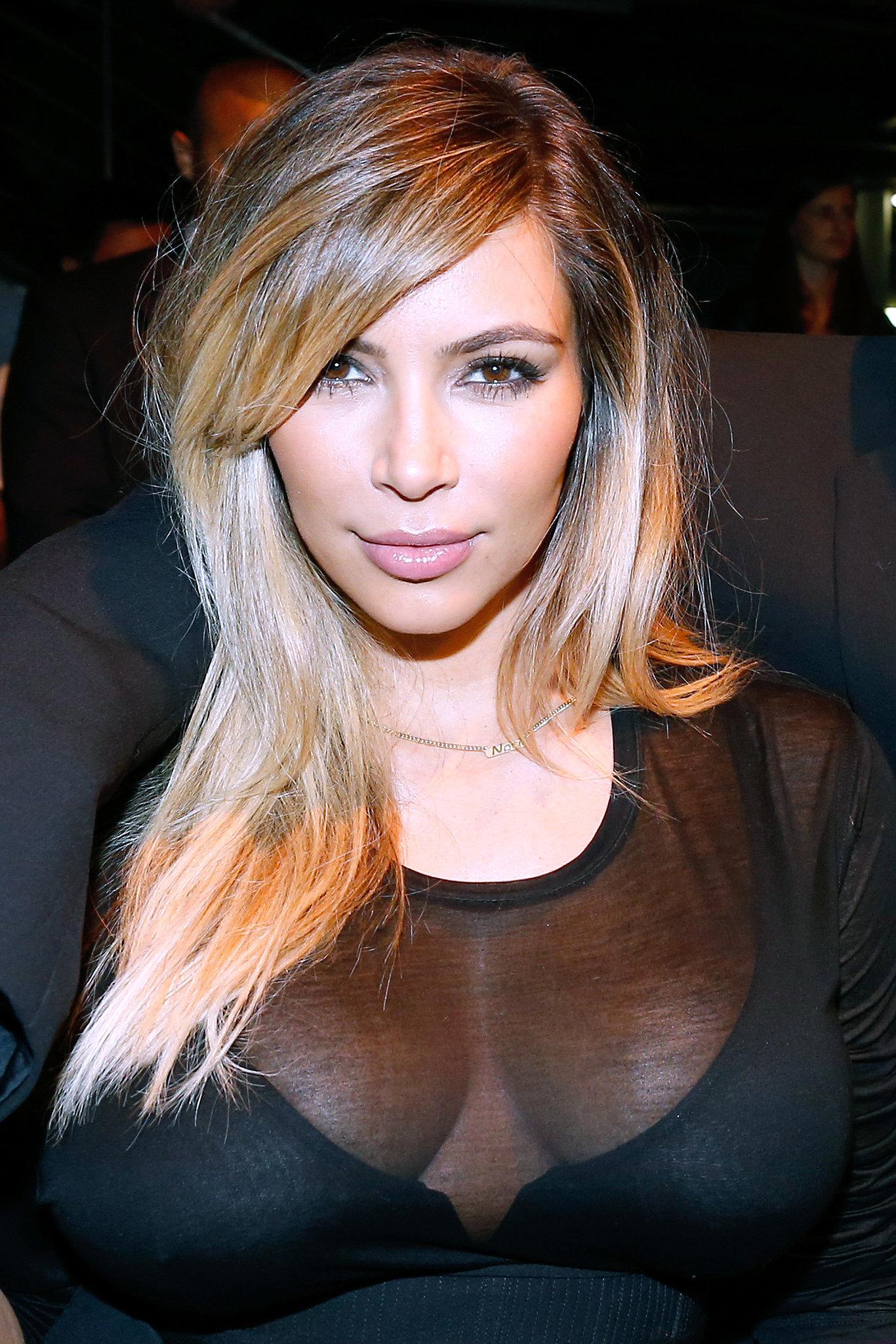 You have kim kardashian side boob