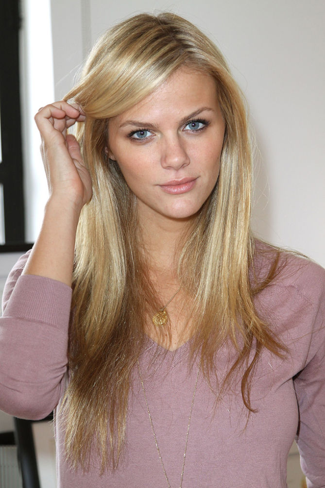 brooklyn decker bellazon