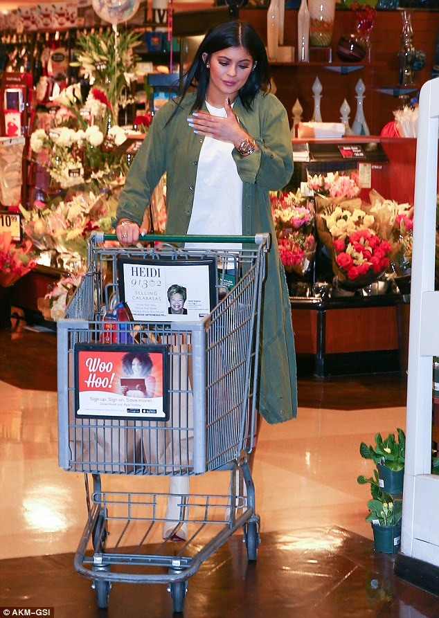Kylie Jenner Goes Grocery Shopping in Skimpy Daisy Dukes