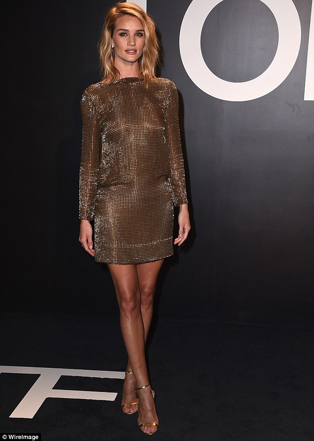 Rosie Huntington Whiteley Gets Glam In Glimmering Gold