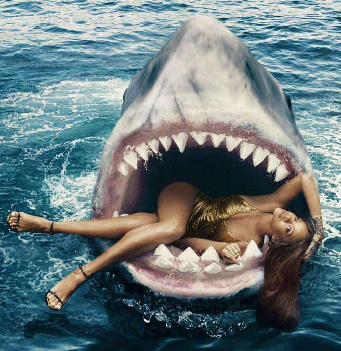 Rihanna - Hot Photosho... Rihanna Instagram