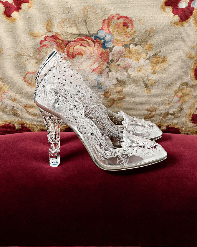 2e1ae2a4cf5 DOLCE & GABBANA Embellished Clear Pumps - Shoes Post