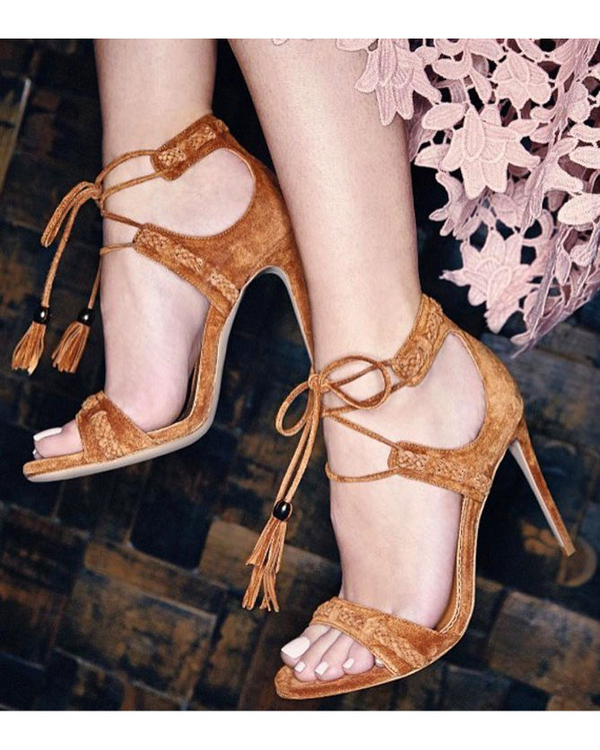 e0a84ea95 Le Silla Gladiator sandal in Powder, caramel suede calfleather ...