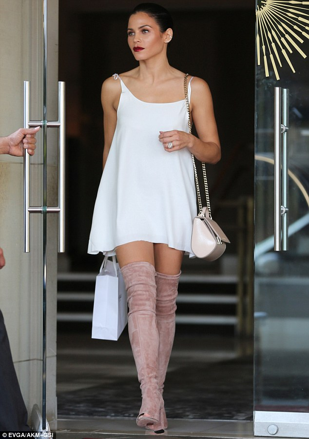 Jenna Dewan Tatum Turns Heads As She Models Micro Mini
