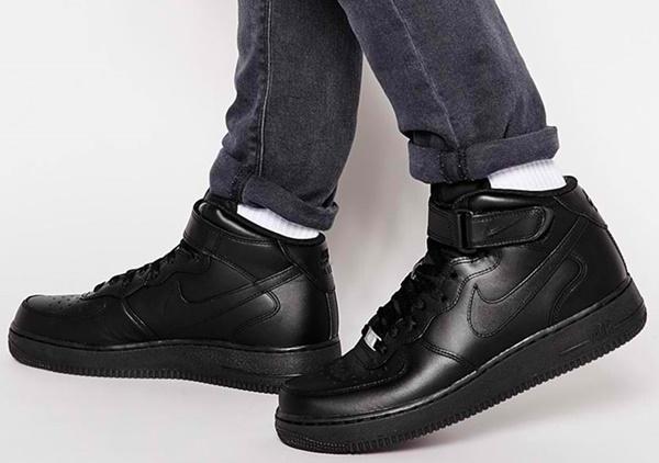 Fashion-runway-asos-Nike-Air-Force-1-Mid-apos07-Trainers-315123-001-Black