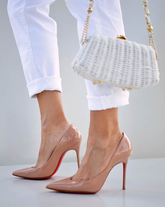 christian louboutin decollete