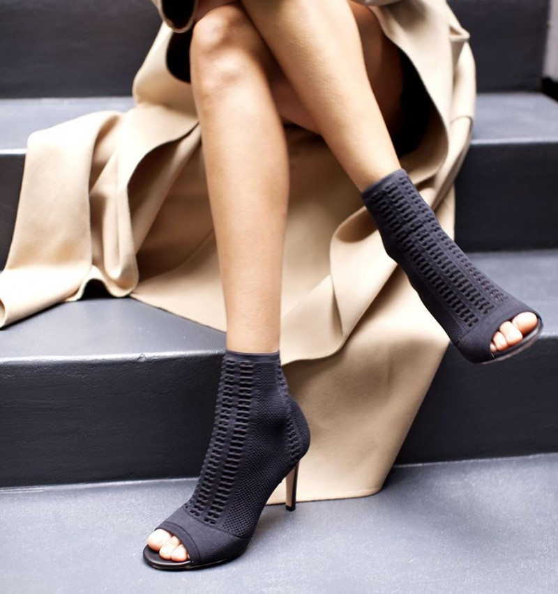Gianvito Rossi Knit Vires Booties in . HXy8ihH