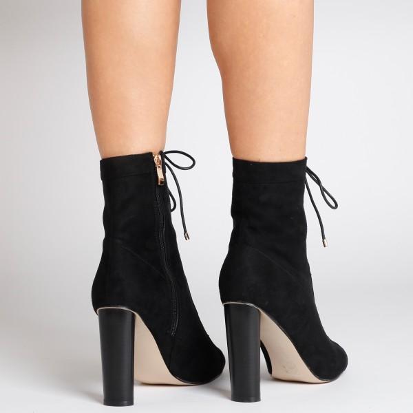 camilla-boots-4