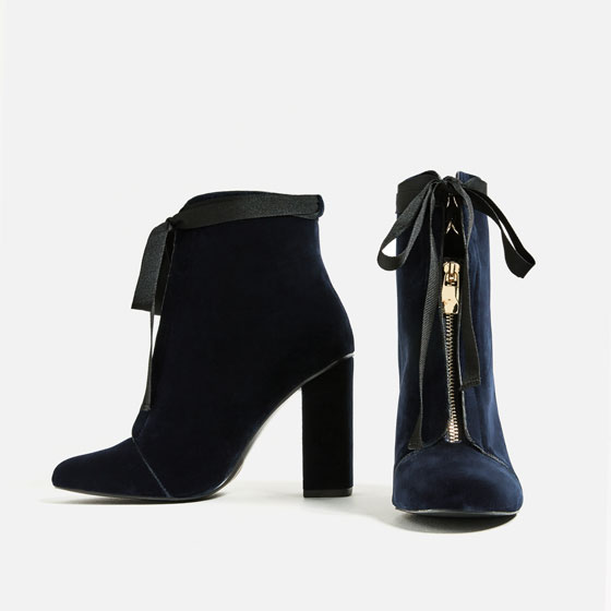 nicola-huge-boots-6