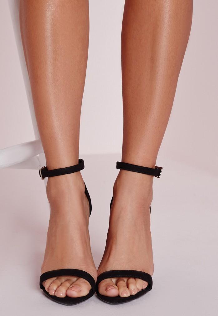 nudist-sandals-3