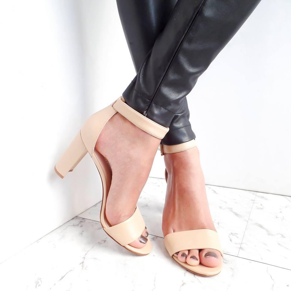nine west nude block heels