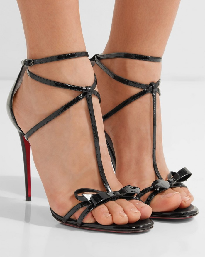 71d794766cdf CHRISTIAN LOUBOUTIN Blakissima 100 bow-embellished patent-leather sandals