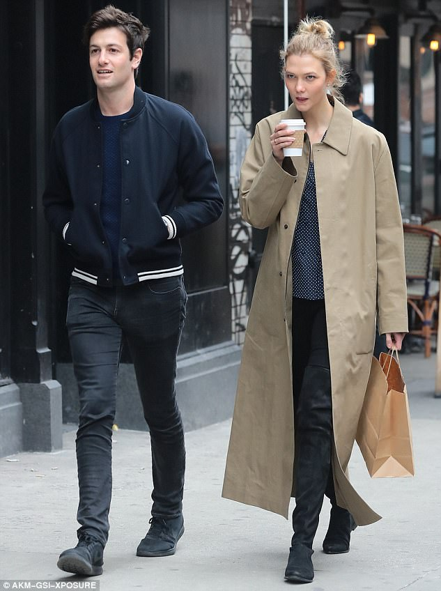 ce776b5d0d4 It s still time to buy over-the-knee boots as the ones of Karlie Kloss