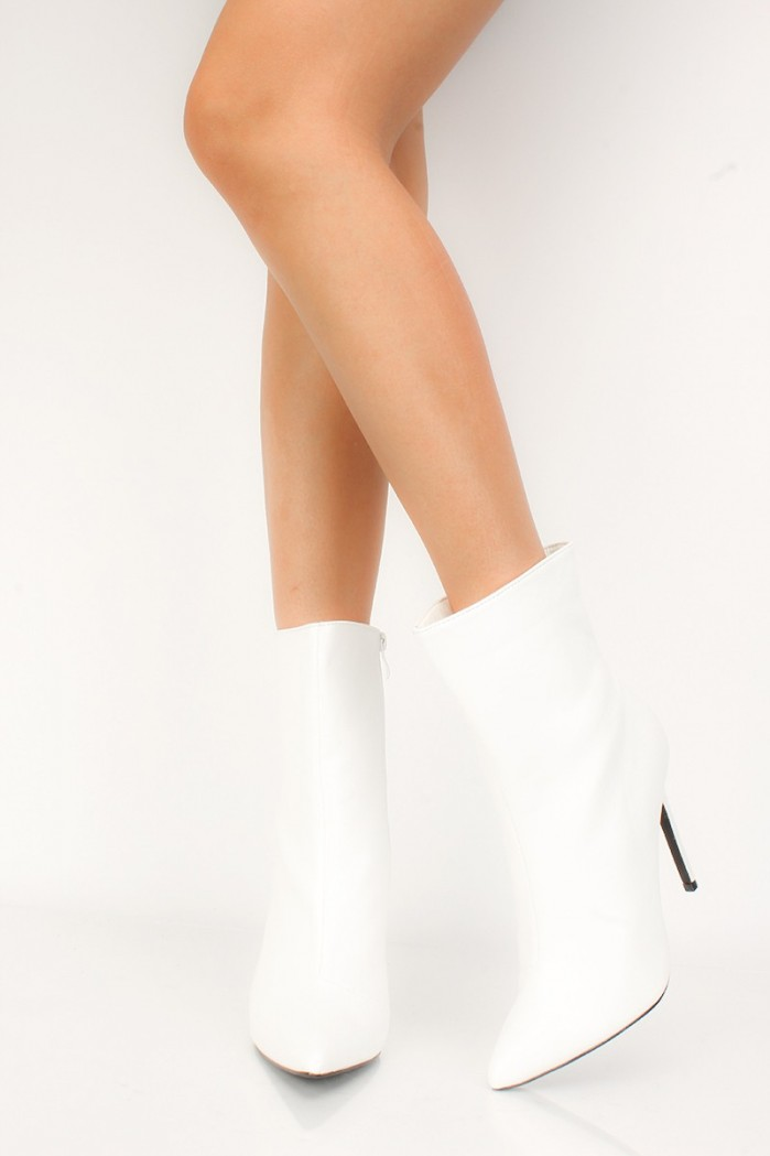 Amiclubwear Sexy White Pointy Toe Mid Calf High Heels
