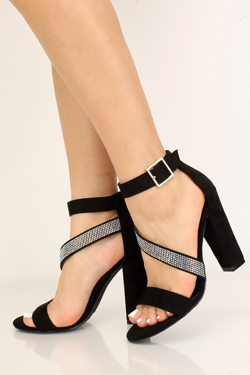 277 best celebrity high heels images on Pinterest | Heels